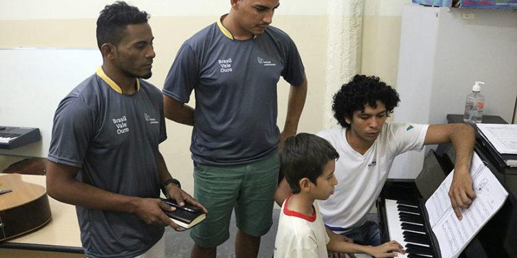 Educadores de instituição no Maranhão conhecem projeto Moinho Cultural